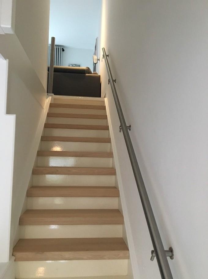 Traprenovatie profloor vloeren - Renovatie houten trap ...