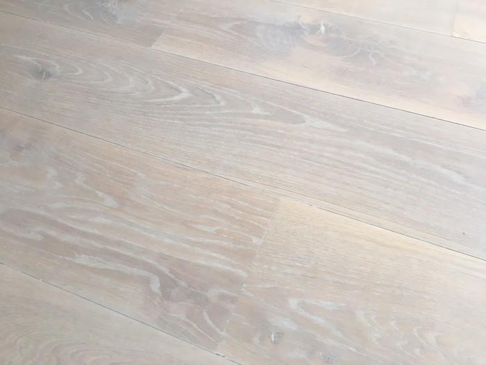 Kleurolie Eiken Vloer : Eiken vloer olie cheap eiken vloer antiek en whitewash olie